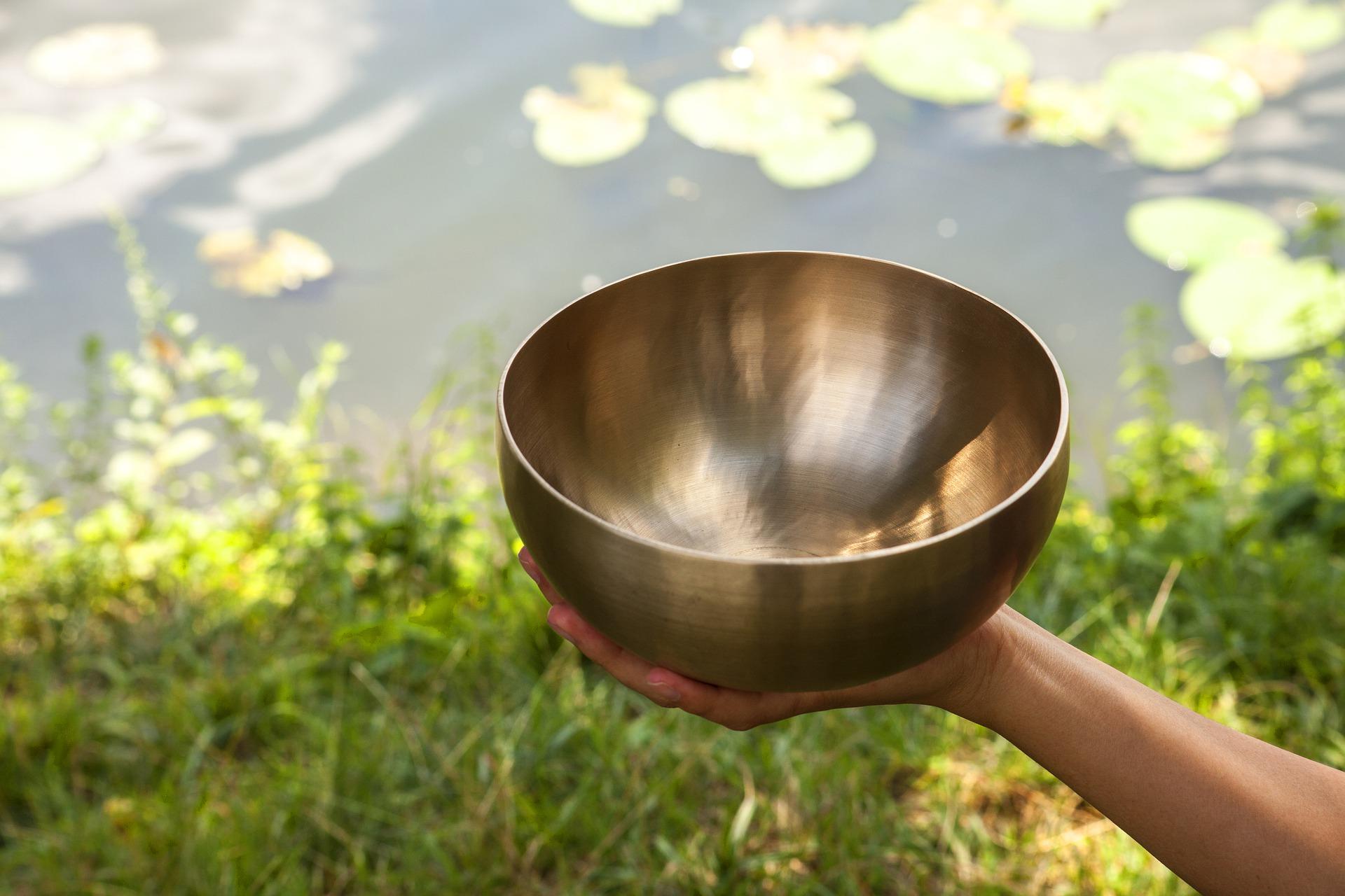 singing-bowls-4887078_1920